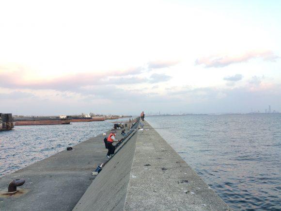 沖堤防梯子